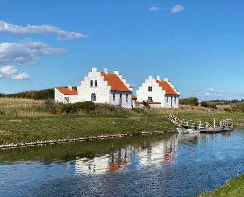 Kanalfogedhus - Blæsten går frisk langs Limfjorden